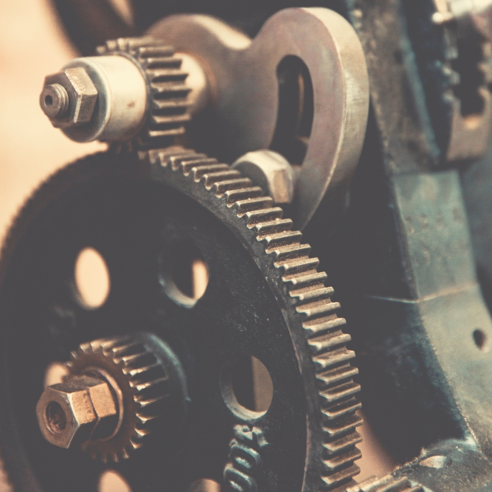 3 Crucial Signs Your Machines Needs More Than a Gear Motor Repair